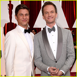 Host Neil Patrick Harris & Husband David Burtka Arrive for Oscars 2015!