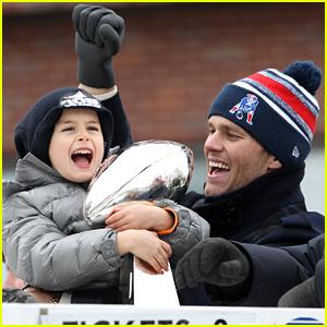 Tom Brady & His Son Benjamin Celebrate Patriots Victory at Super Bowl 2015 Parade!