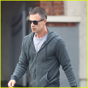 Freddie Prinze Jr. Reveals What He's Jamming Out to Right Now