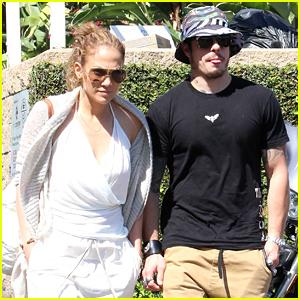Jennifer Lopez & Casper Smart Grab Lunch After Kissing Photo Surfaces