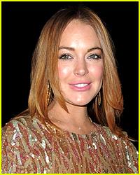 Lindsay Lohan Posts a Major Photoshop Fail