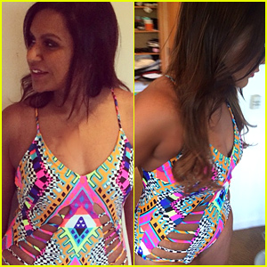 Mindy Kaling Shows Off Her Figure in Sexy New One Piece!