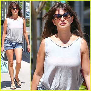 Penelope Cruz's Daisy Dukes Are Perfect For Australia
