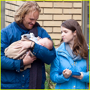 Anna Kendrick & Wyatt Russell Start 'Table 19' Filming in Atlanta