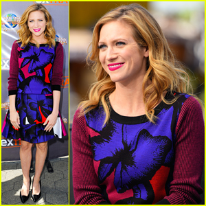 Brittany Snow: 'Pitch Perfect 2' Will Be 'Crazier & Bigger'!