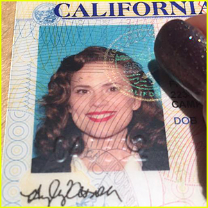 Hayley Atwell Dresses As Agent Carter For Driver's License Pic