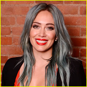 Hilary Duff Reveals Details About Her First Tinder Date!