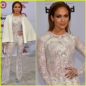 Jennifer Lopez Is Lending Out Diet Advice to Fans