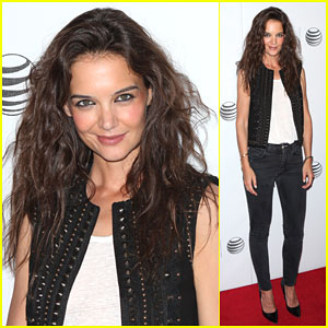 Katie Holmes Looks Like a Princess During the Tribeca Film Festival