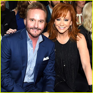 Reba McEntire & Husband Narvel Blackstock Attend ACM Awards 2015