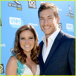 Sophia Bush Mourns Ex-Boyfriend Dan Fredinburg's Death on Instagram