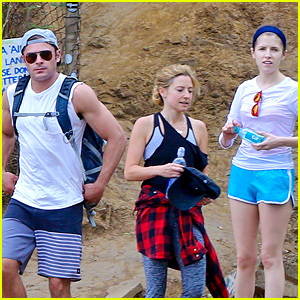 Anna Kendrick Joined Zac Efron for His Hawaii Hike