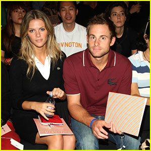 Brooklyn Decker & Andy Roddick Expecting Their First Child