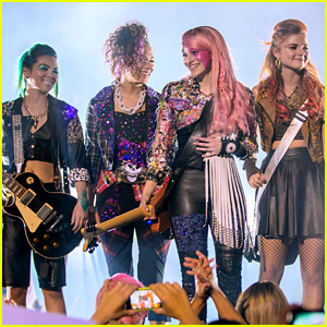 'Jem and the Holograms' Debuts First Trailer - Watch Now!