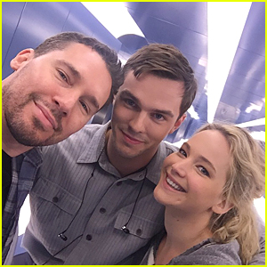 Jennifer Lawrence & Ex Nicholas Hoult Reunite For 'X-Men: Apocalypse'