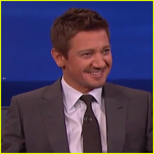 Jeremy Renner Is 'Unapologetic' About Black Widow Comments