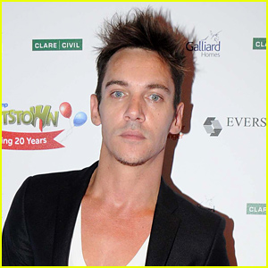 Jonathan Rhys Meyers Admits to 'Minor' Alcohol Relapse, Apologizes to Fans