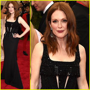 Julianne Moore is Gorgeous in Givenchy at Met Gala 2015