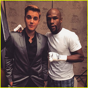 Justin Bieber Joins Floyd Mayweather at Big Fight! (Photo)