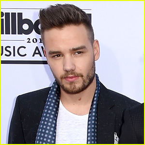 One Direction's Liam Payne Covers 'Wonderwall' - Watch Now!