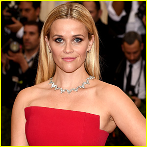Reese Witherspoon is Starring in Live-Action Tinker Bell Movie!