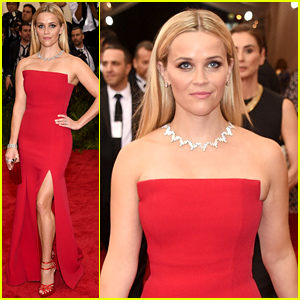 Reese Witherspoon Shows Off Some Leg at Met Gala 2015