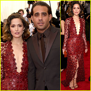 Rose Byrne Has Handsome Arm Candy at Met Gala 2015!