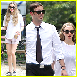 Amanda Seyfried's 'Les Miserables' Co-Star Hugh Jackman Catches Her Play 'Way We Get By' '