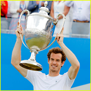 Tennis Star Andy Murray Wins Fourth Queen's Club Title!