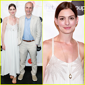 Anne Hathaway Supports Seth Barrish at 'An Actor's Companion' Book Release Party!
