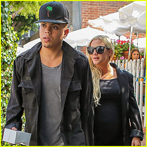 Ashlee Simpson's Hubby Evan Ross Takes The Stage at Sayers Club