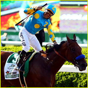 Celebs React to American Pharoah's Triple Crown Win!