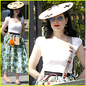 Dita Von Teese Has Perfect Definition For 'Sexy'