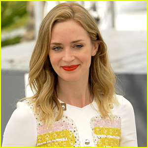 Emily Blunt Is In Talks to Play Rachel in 'The Girl on the Train'!