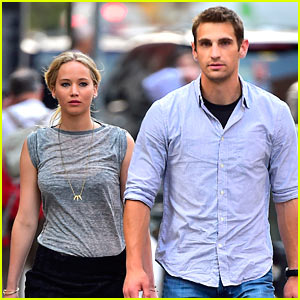 Jennifer Lawrence's Hot Bodyguard Is Getting Lots of Attention