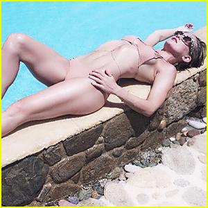 Kate Hudson Flaunts Sexy Bikini Body During Greece Vacation