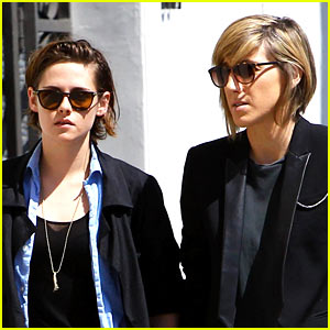 Kristen Stewart's Mom Did NOT Confirm She Has a Girlfriend
