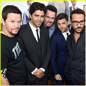 Mark Wahlberg Is Part of Adrian Grenier's 'Entourage' at Los Angeles Premiere