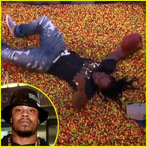 Seahawks Player Marshawn Lynch Dives Into an End Zone Full of Skittles - Watch Now!