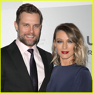 The Following's Natalie Zea Is Pregnant With First Child - See Baby Bump!