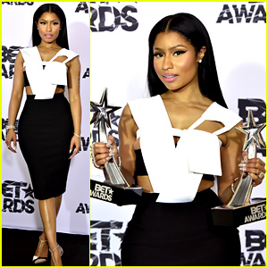 Nicki Minaj Didn't Know Which Award She Won at BET Awards 2015 (Video)