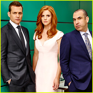 'Suits' Season 5 Scoop: The Cast Previews Harvey's Struggles, Donna & Louis' New Working Relationship, & More!