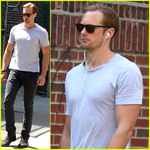 Alexander Skarsgard Spotted Hanging Out in New York City