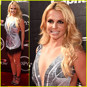 Britney Spears Wears Short Fringe Dress at ESPYs 2015
