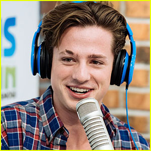 Charlie Puth Sings 'Marvin Gaye' For Elvis Duran Show
