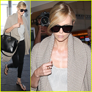 Charlize Theron Jets Out of Town After Sean Penn Split