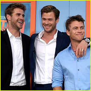 Chris Hemsworth's Bros Support Him at 'Vacation' Premiere!