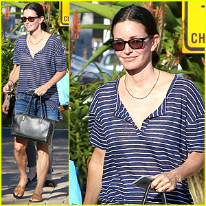 Courteney Cox Will Have Daughter Coco Sing at Her Wedding!