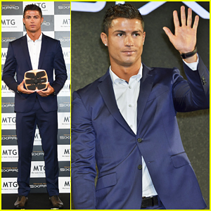 Cristiano Ronaldo Launches MTG Sixpad in Tokyo - Watch His Shirtless Ad Here!