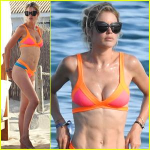 Model Doutzen Kroes Models Her Amazing Bikini Body in Ibiza
